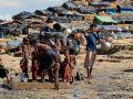 مفوضية اللاجئين تقول 11 ألفا من الروهينجا فروا من ميانمار يوم الاثنين