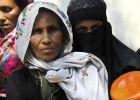 لاجئة من الروهينغا تروي معاناتها: قتلوا زوجي وأحرقوا طفلي حي ...