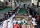 وقف الديانة التركي يعلم أطفال أراكان في باكستان ـ (بالصور)