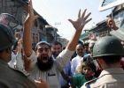 كشمير: الحكومة الهندية تضع قائدا مسلما رهن الإقامة الجبرية
