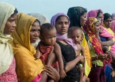 """بنغلادش تفرض """"حجراً تاماً"""" على مخيمات اللاجئين الروهينغا"""