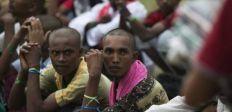 ماليزيا تصدر تصاريح عمل للاجئي الروهينغا الفارين من الصراع في ميانمار