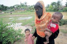 بالصور: من داخل مخيماتهم.. ابتسامات ترتسم على وجوه أطفال الروهنجيا
