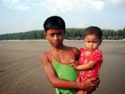 اللاجئون الروهنجيون يشككون في الإصلاحات البورمية