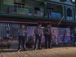"""""""رايتس ووتش"""": إغلاق مدرستين إسلاميتين في بورما انتهاك للحريات"""