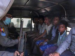 شرطة ميانمار تداهم مخيما للنازحين الروهينجا وتصيب 4 بالرصاص