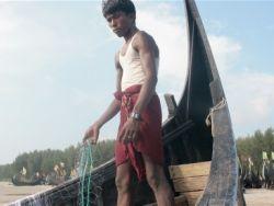 التوترات على الحدود بين ميانمار وبنجلاديش تضيق الخناق على الروهنجيا اليائسين