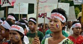 """اضطهاد بورما البوذية لـ""""مسلمي الروهنجيا"""" بسبب العرق والدين"""