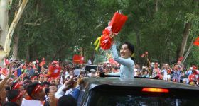 Suu Kyi says her role in Rohingya controversy 'not to set one community against another'