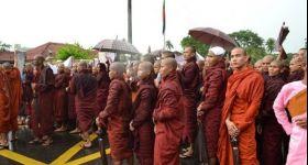 """رئيس """"أنباء الروهنجيا"""": """"رهبان بورما"""" يحملون عداءً كبيرًا ضد مسلميها"""