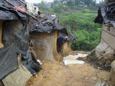 """الأوضاع الإنسانية لـ:""""لاجئي مسلمي الروهنجيا"""" في بنجلاديش"""