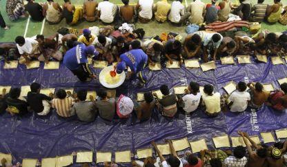 من هم الروهينجا ولماذا يفرون من ميانمار؟