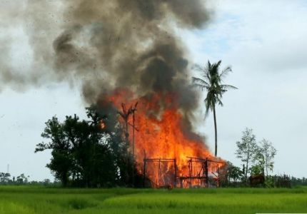 حرائق جديدة تشتعل في قرى مسلمي الروهينجا في ميانمار