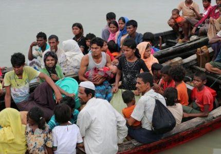 انقلاب قارب يقل لاجئين من أراكان قبالة بنجلادش