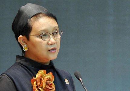 """وزيرة الخارجية الإندونيسية تطّلع على سير بناء مستشفى في """"أراكان"""""""