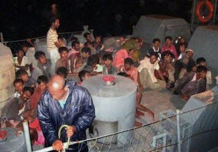 انقاذ 138 لاجئاً من قبل البحرية السريلانكية بعد غرق قاربهم