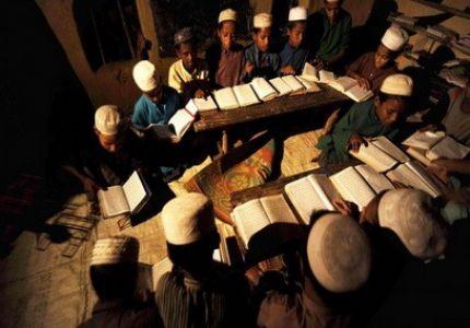انتشار مدارس القرآن بمخيمات لاجئي بورما في بنجلاديش