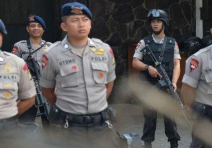 الشرطة الإندونيسية تعتقل 82 مهاجرًا غير شرعى فى طريقهم لأستراليا