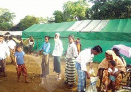 مؤسسة الأصمخ الخيرية توزع مساعدات على نازحين في ميانمار