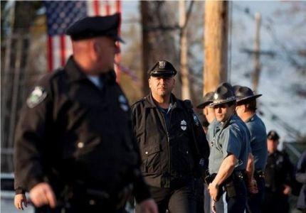 الشرطة الأمريكية توقف لاجئًا من بورما وتصادر أمواله