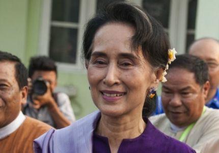بورما: الأمم المتحدة تدعو سو تشي للتدخل لوقف العنف ضد أقلية الروهينغا المسلمة