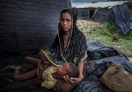 سباقٌ لمنع الكوليرا في مخيمات اللاجئين الروهينجا