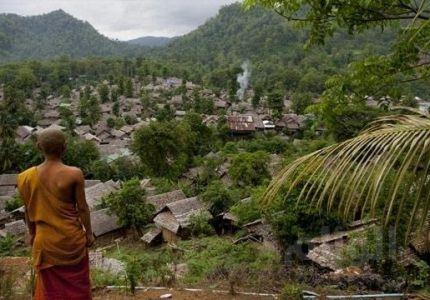 مقتل عشرات البورميين حرقاً بمخيم للاجئين بتايلاند