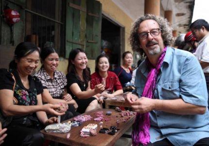 من يسيطر على تجارة الأحجار الكريمة في ميانمار؟