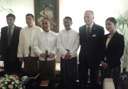 """في ختام زيارته.. وفد """"التعاون الإسلامي"""" يدعو بورما لتحفيف القيود على الحريات الأساسية"""