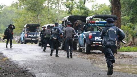 ميانمار تحت تهديد العقوبات إذا لم تعد المواطنة للروهينغا