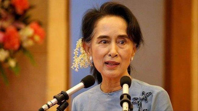 """الزعيمة البورمية تلغى خطابا فى استراليا بسبب إصابتها """"بوعكة صحية"""""""