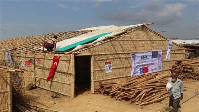 تركيا تُنشئ بيوتا خشبية لحماية مسلمي الروهينغا بالمخيمات (تقرير)