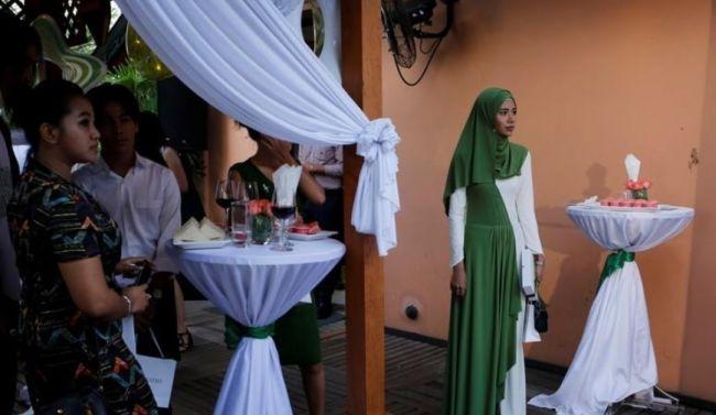 مدونة ميانمارية: لست نادمة على قراري بارتداء الحجاب