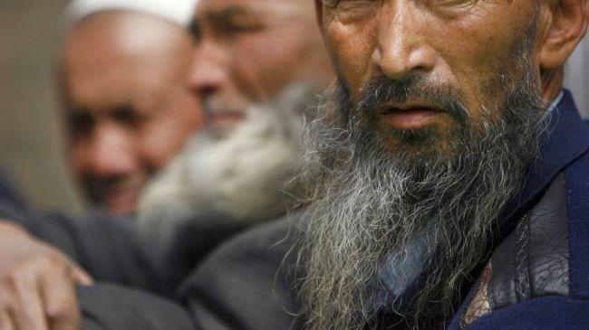 سجن رجل من أقلية «الإيغور» المسلمة بالصين 6 سنوات لإطلاق لحيته