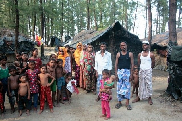 How Bangladesh aid restrictions impact Rohingyas