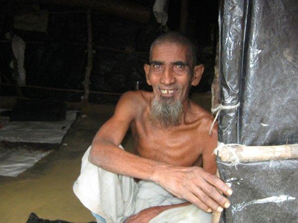 أحوال مسلمي الروهنجيا في مخيمات اللاجئين في بنجلاديش تدعو للشفقة