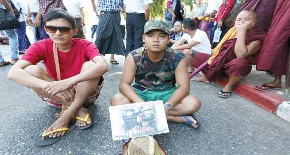 مظاهرة فى ميانمار احتجاجا على إعدام مواطنين بتايلاند