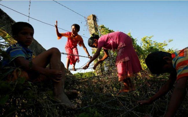الروهنجيا الفارون من القتال يواجهون المرض والطرد رغم مناشدة الأمم المتحدة