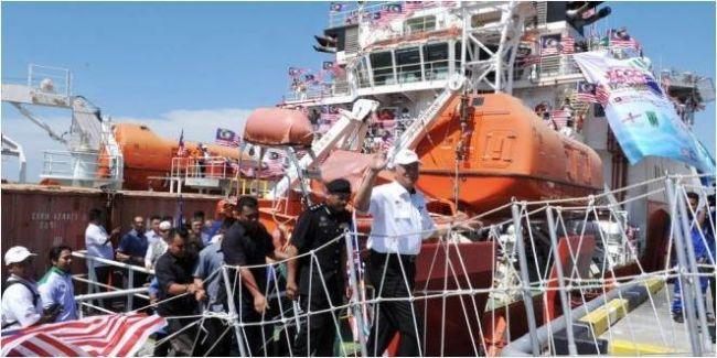 بنغلاديش تحول مسار أسطول ماليزيا لمساعدة الروهنغيا
