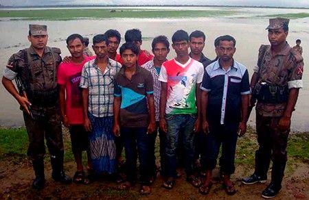 حرس حدود بنجلاديش تعتقل 58 لاجئاً روهنجياً حاولوا السفر إلى ماليزيا