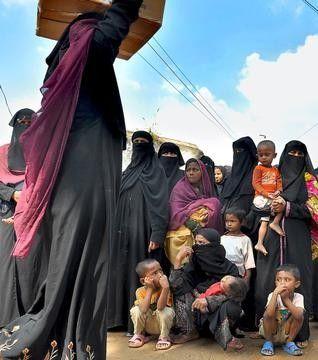 لاجئو الروهنجيا يشكون درجات الحرارة المتدنية في شمال الهند 