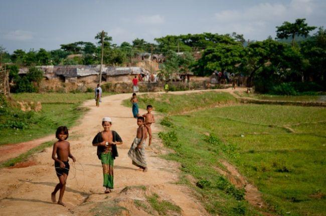 حرس حدود بنجلاديش ترد أكثر من 67 لاجئاً روهنجياً حاولوا عبور الحدود