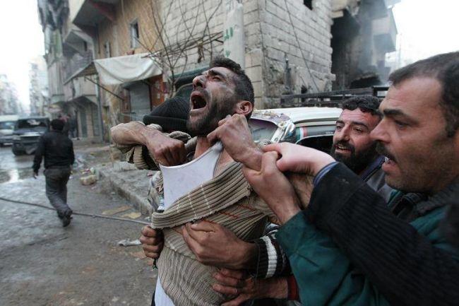 40 غارة على حلب تخلّف قتلى وتدمّر مستشفيات
