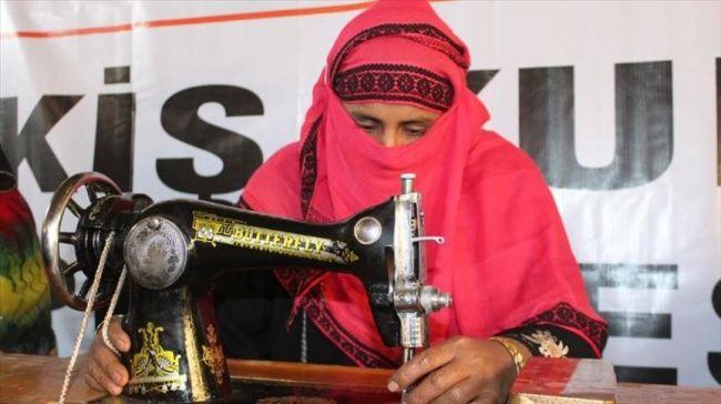 جمعية تركية تفتتح دورة خياطة لسيدات الروهنغيا ببنغلاديش