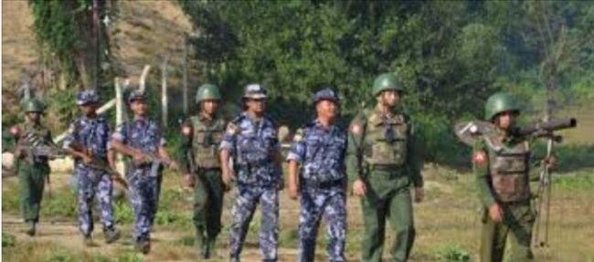 """الجيش البورمي يدمر عدة قرى """"روهنجية"""" ويعتقل العشرات في مونجدو"""