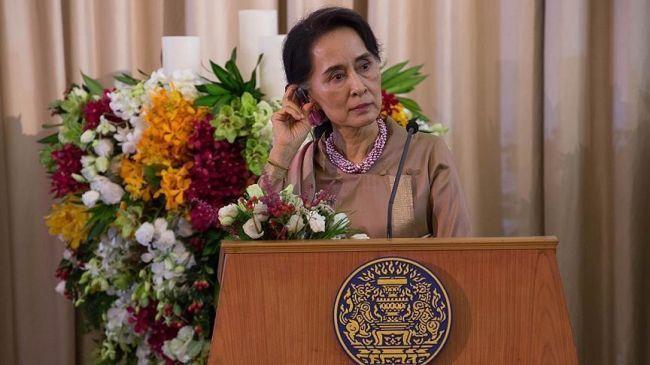 تجريد زعيمة ميانمار من وسام بريطاني جراء أزمة الروهنغيا