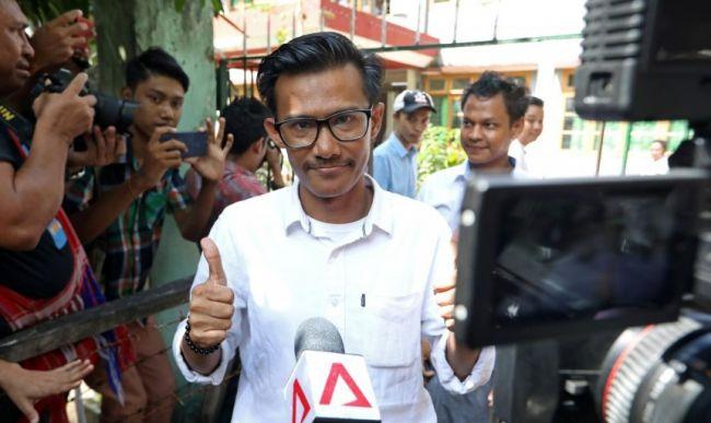 قاضية في ميانمار تفرج عن ثلاثة صحفيين بكفالة على ذمة قضية تحريض