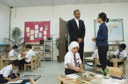 Obama visits refugees in Malaysia to highlight global crisis