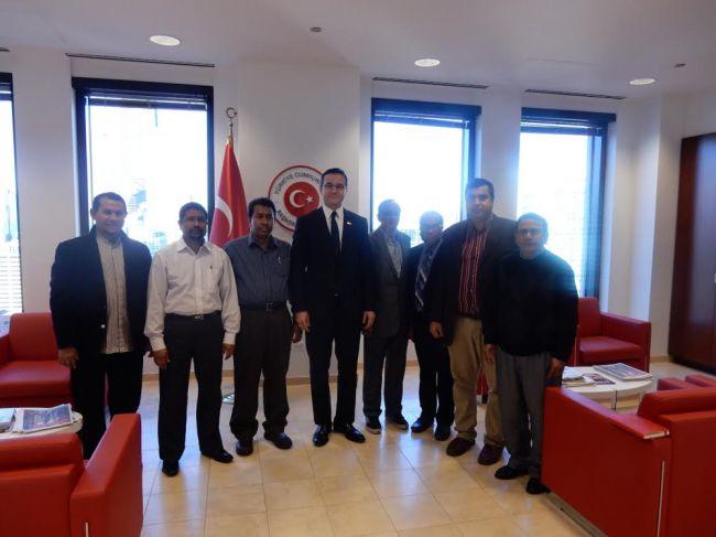 وفد من منظمة روهنجية في يجتمع مع القنصل العام التركي