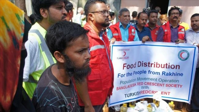 تركيا ترسل أطنانا من الأغذية إلى الروهنغيا في أراكان وبنغلادش